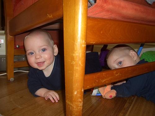 Underchair play